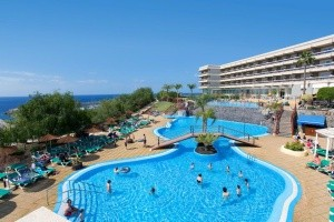 Gema Aguamarina Golf Apartments